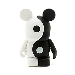 Vinylmation Theme Park Favourites Ying and Yang 3