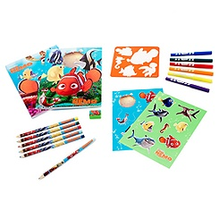 Finding Nemo Fun on the Run Colouring Set