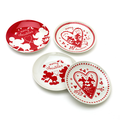 4 Piece Assorted Christmas Plate Set